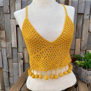 Honey Punch Crochet top shirt blouse crop medium